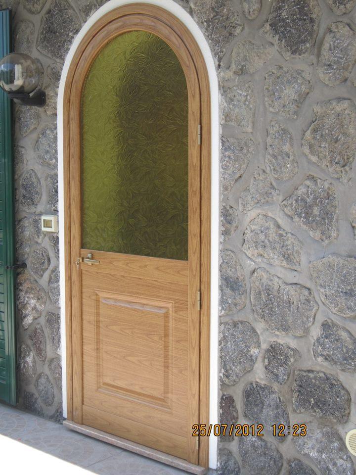 porta-legno-esterna-tonda-ischiafinestre