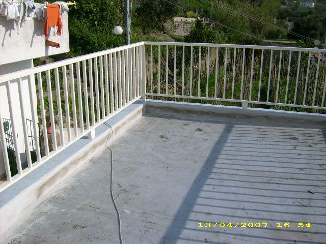 ringhiera-balcone--ischiafinestre